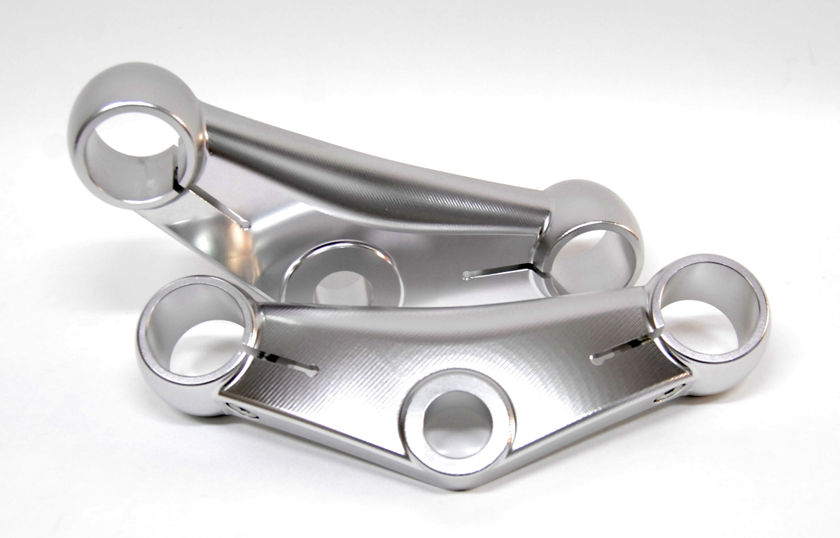Triple clamps for Ceriani GP/38 forks for clipons