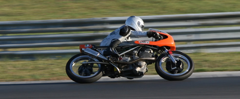 files/caferacer/images/BSA_Hungaroring-492x203.jpg